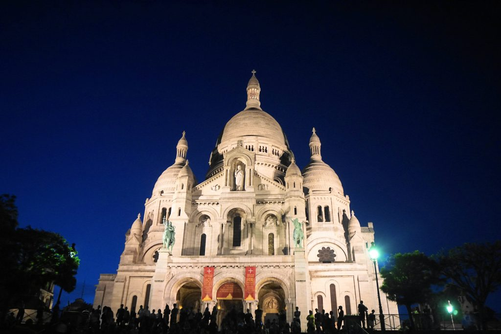Sacre Couer beautifully lit up at night