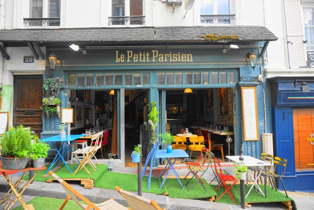 Le Petit Parisien Café in Montmartre, Paris