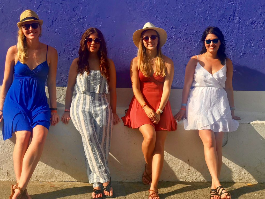 3 days in Cartagena, Colombia | colorful walls